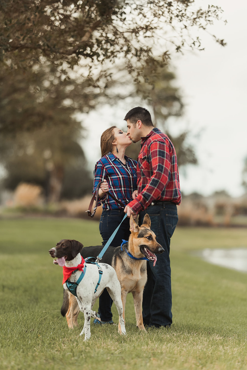 hermann-park-houston-engagement-photographer-german-shepard-dog
