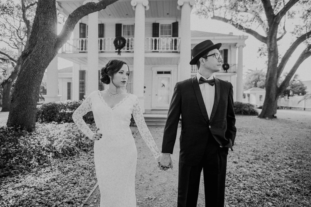 galveston-historical-vintage-1920-black-tie-wedding-photographer