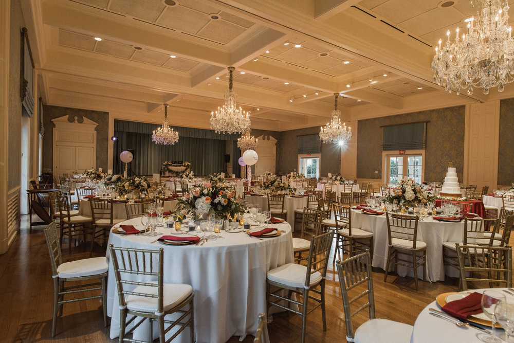 houston-wedding-venue-junior-league-luxury-bride-photographer
