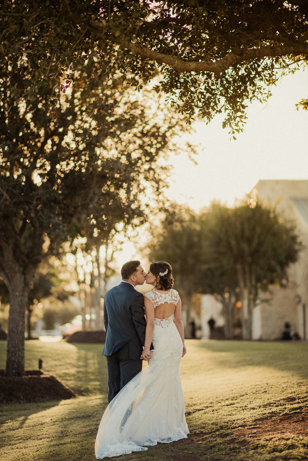 houston-wedding-photographers-golden-hour-light