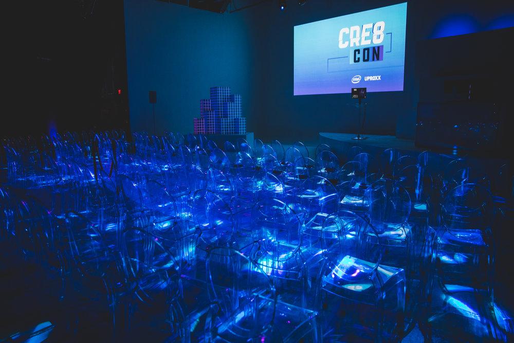 CR8CON-2.jpg