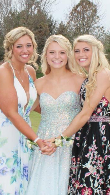 Prom hair and makeup on theses beauties!