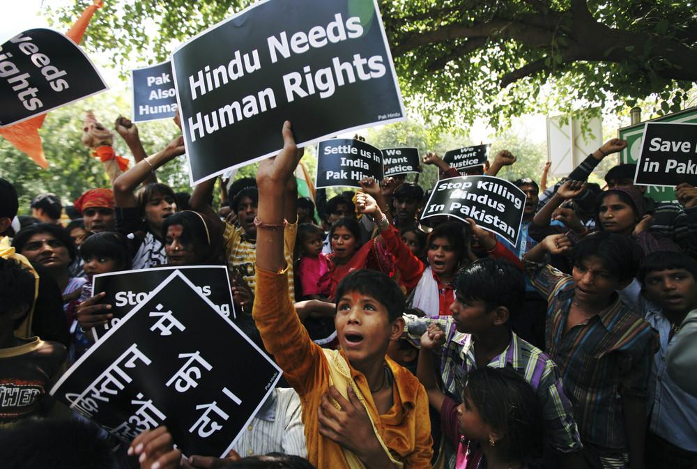 india-pakistan-protest-jpeg-08120_243744901.jpg