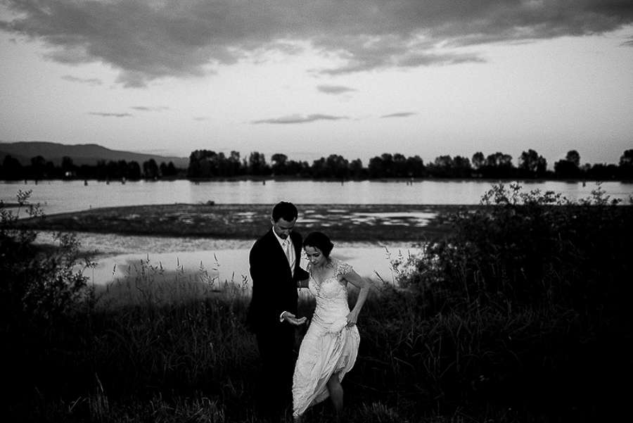vancouver wedding photographer (196).jpg