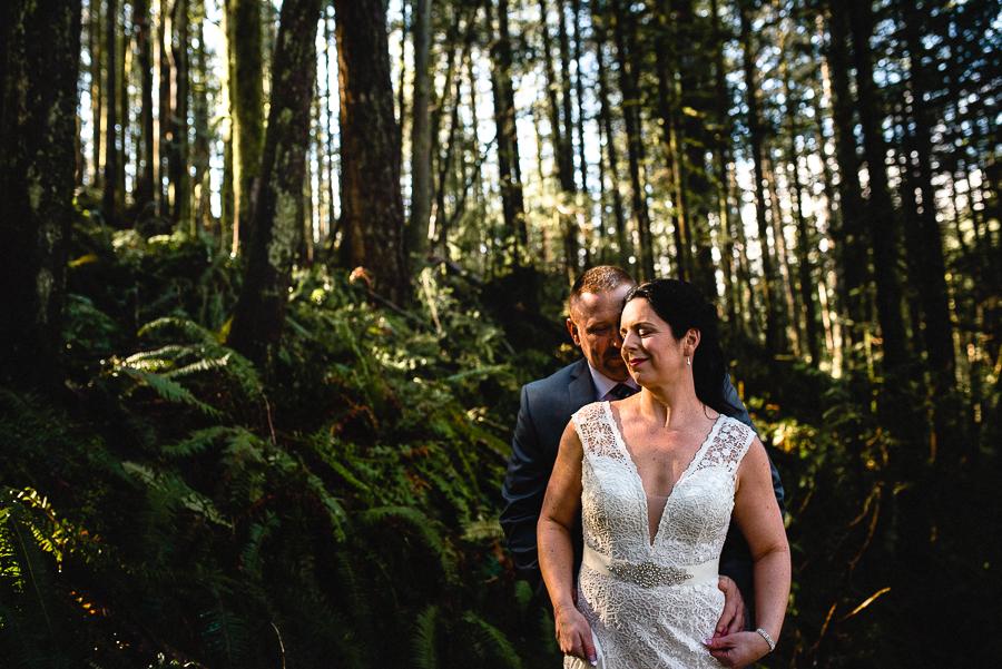vancouver wedding minnekhada lodge-197.jpg