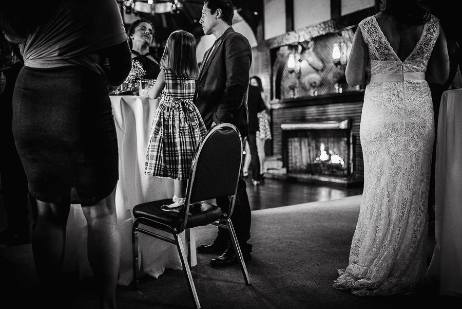 vancouver wedding minnekhada lodge-393.jpg