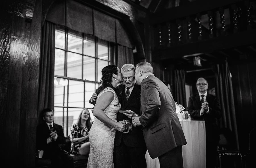 vancouver wedding minnekhada lodge-408.jpg