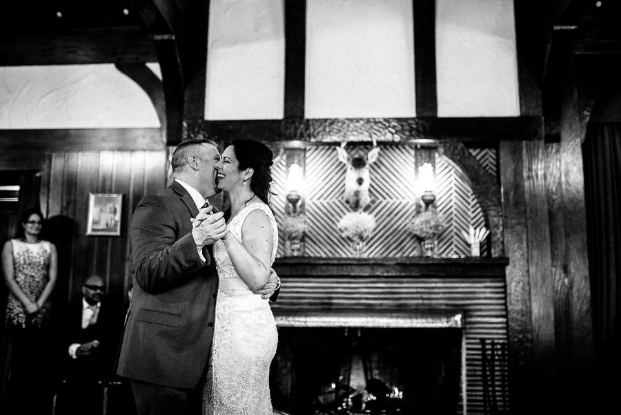vancouver wedding minnekhada lodge-414.jpg