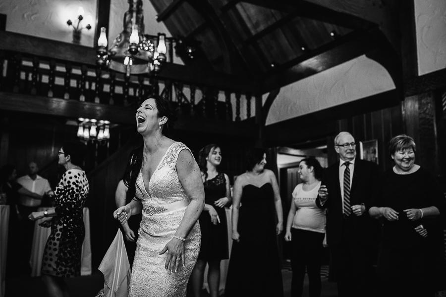 vancouver wedding minnekhada lodge-431.jpg