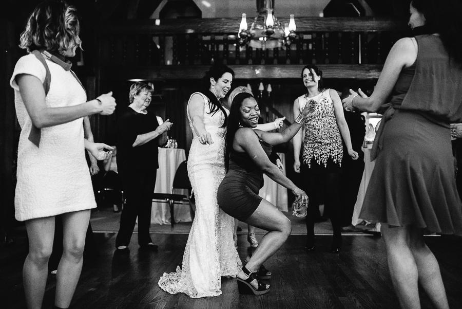 vancouver wedding minnekhada lodge-515.jpg
