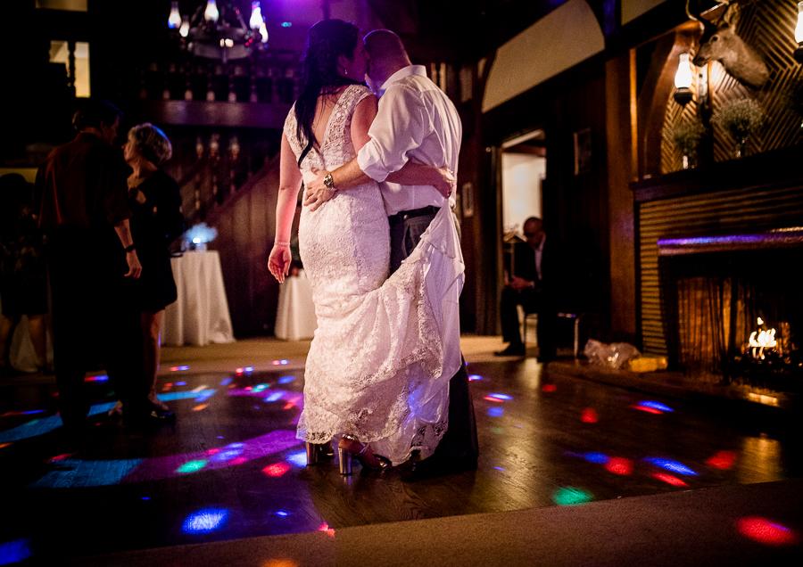vancouver wedding minnekhada lodge-528.jpg