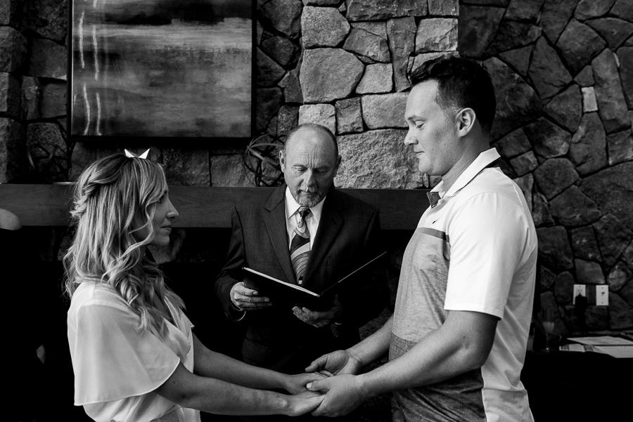 vancouver island wedding (27).jpg