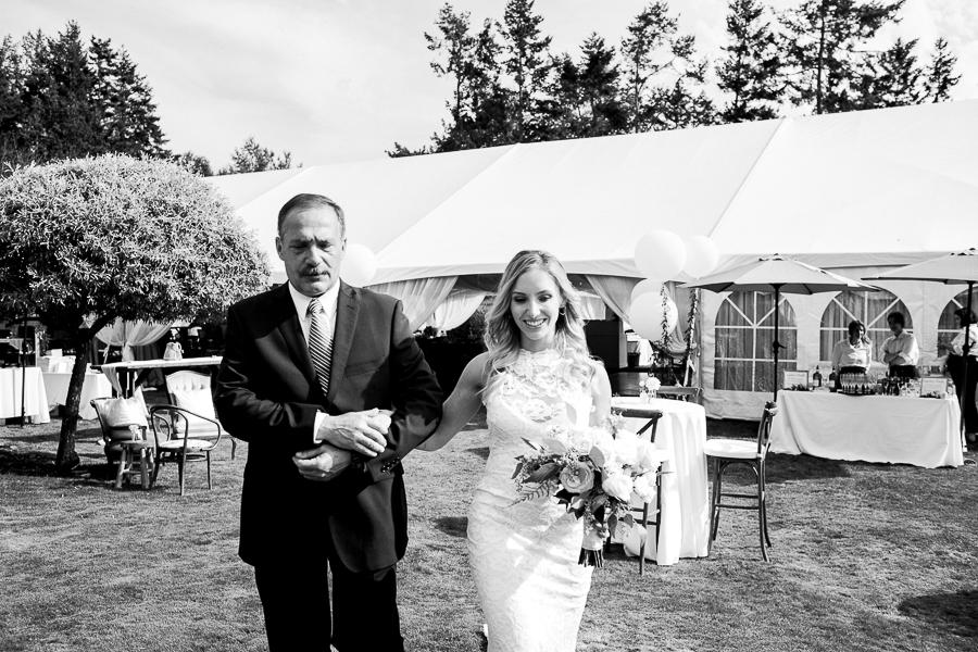 vancouver island wedding (83).jpg