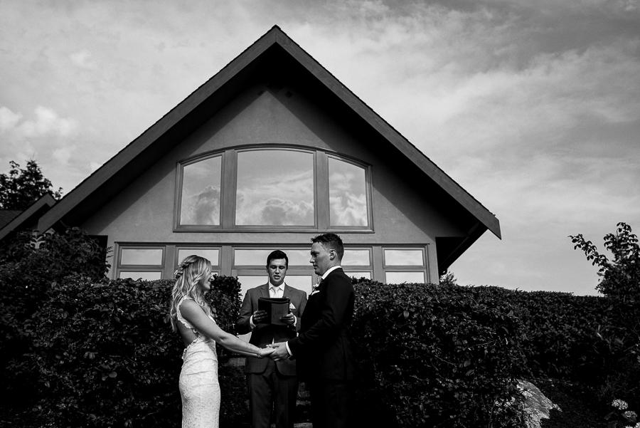 vancouver island wedding (90).jpg
