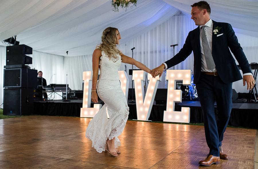 vancouver island wedding (114).jpg