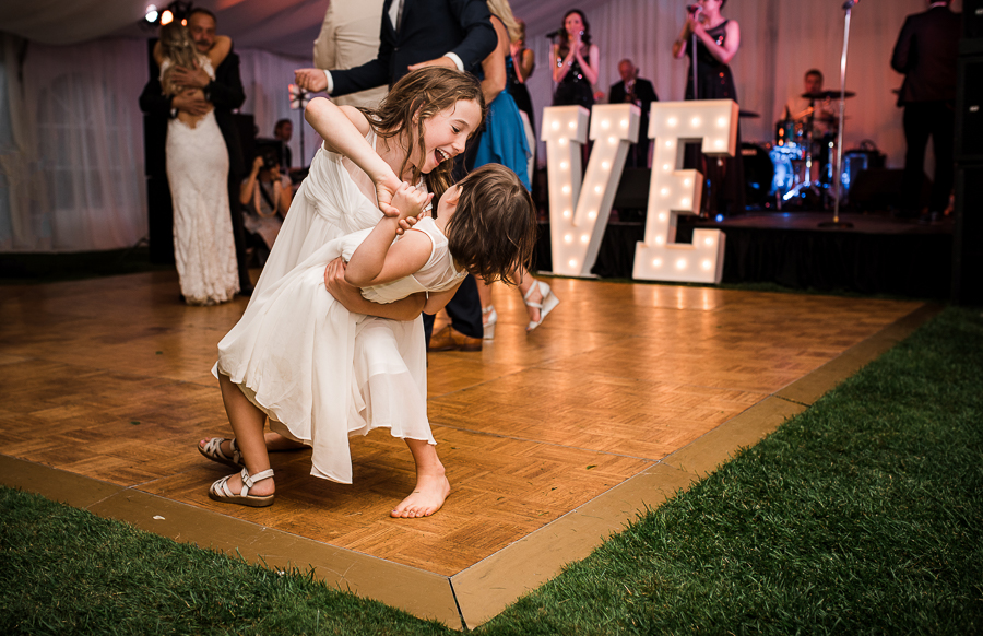vancouver island wedding (124).jpg