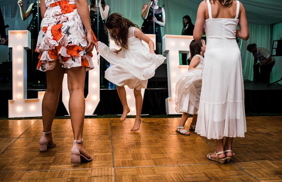 vancouver island wedding (131).jpg
