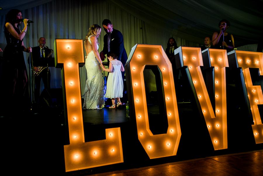 vancouver island wedding (134).jpg