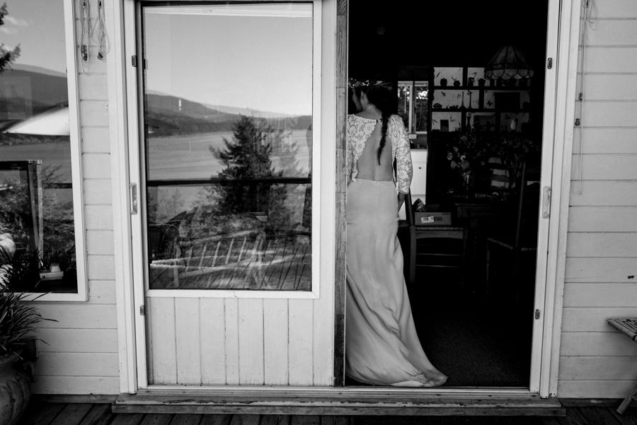 bowen island wedding photographer (69).jpg