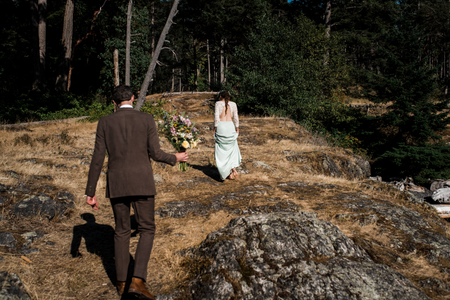 bowen island wedding photographer (123).jpg