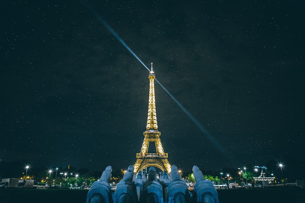 Eiffel_Tower_Stars.jpg