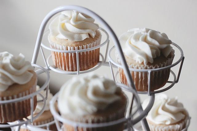 cupcakes-1208234_640 (2).jpg