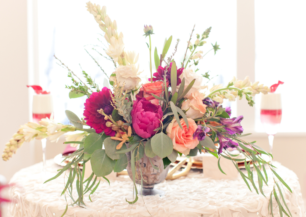 Floral center piece by Amy Eimer