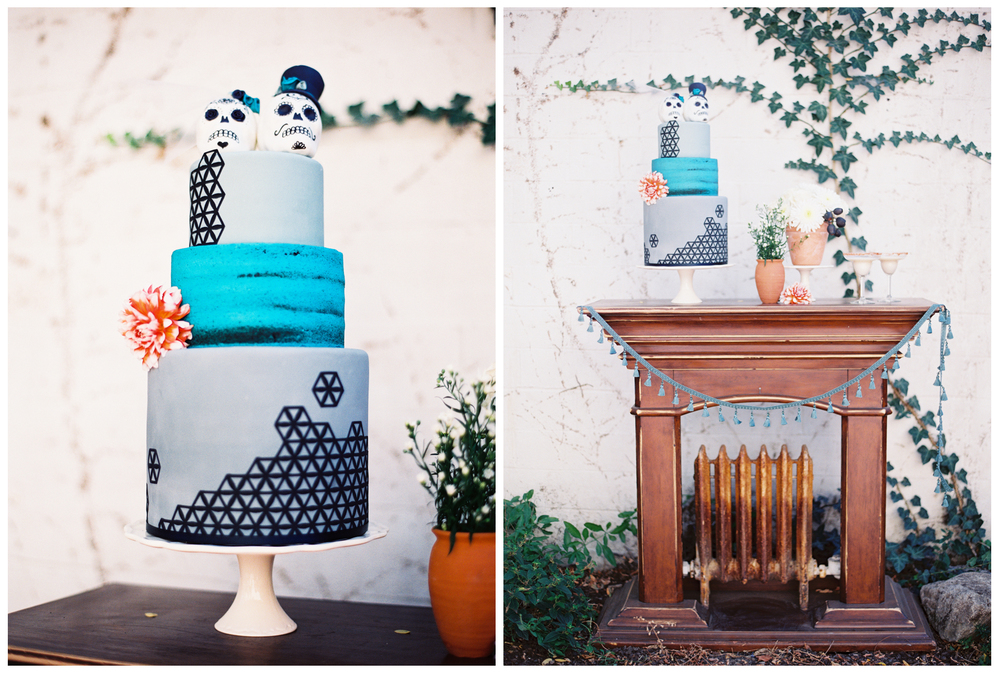 THIS CAKE! The skull toppers with this blue / gray geometrical design looked delicious and amazing.