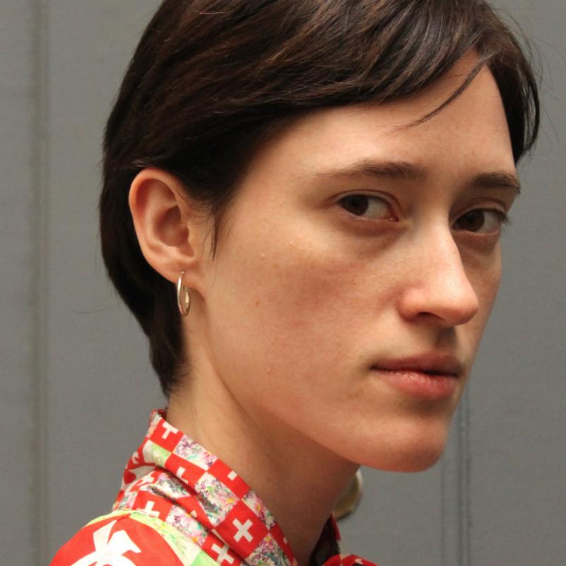 HELENA SEVERIN / Viva 180 cm 2nd option *cut her hair short for Balenciaga
