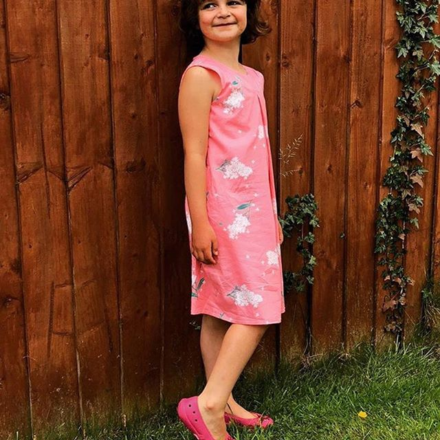 Cute version of the Sunday dress made by Verity from @cleopatricia_ltd  for her girl in @sewoverit fabric. Loving pink at the moment.  #patternandcloth #sundaydress #summersewing #girlspatterns #modernpatterns #pinkdress #ilovesewing #ilovesewing✂️❤️