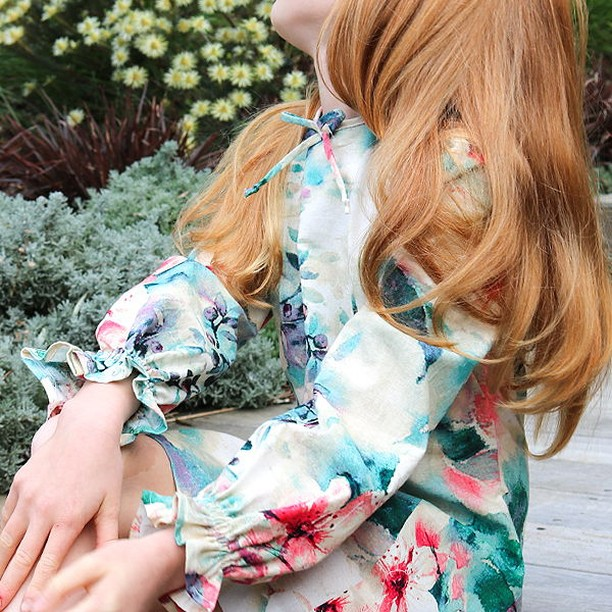 Gather, frill or ruffle I'm definitely a lover of them all. Here's my version of a 1970's dress in a beautiful cotton linen from @spotlightstores. Currently on sale too!  #sewingforgirls #sewnz #sewing #sew #fabric #sewingproject #isew #handmadewardrobe #cotton #spotlightstores #1970fashion #retrodress #retrokid #linen #patternandcloth