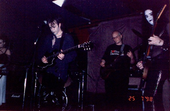 Disjecta Membra (Petra, Michel, Jaz and Barney), Pothic Gunk, 25 July 1998, Valve Bar, Wellington. Photo: Lisa?