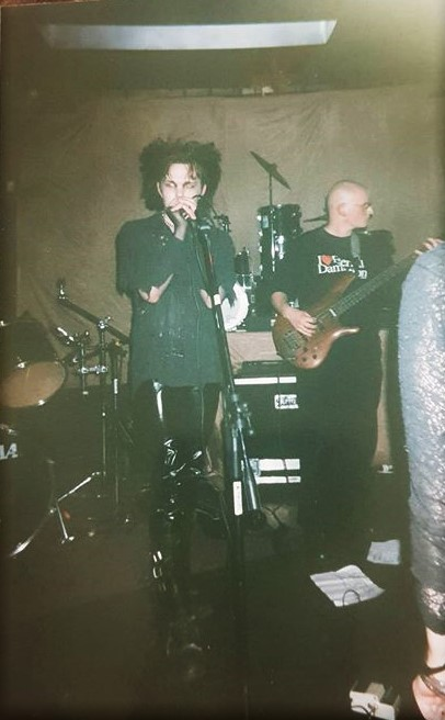 Disjecta Membra (Michel and Jaz), Pothic Gunk, 25 July 1998, Valve Bar, Wellington.  Photo: Rosebud Garland.