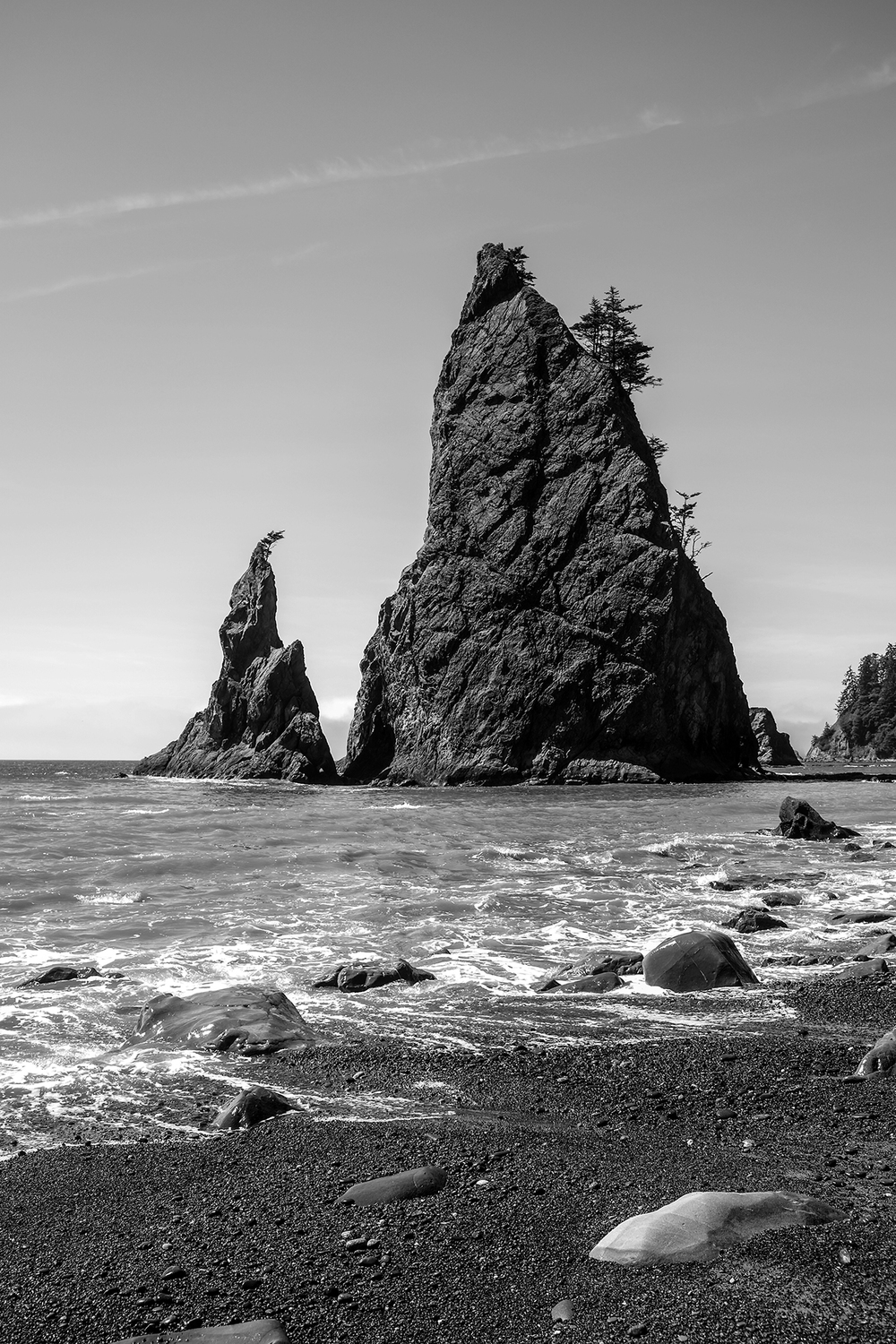 Seat Stacks on Rialto Beach, just before Hole-in-the-Wall.    Prints available upon request.