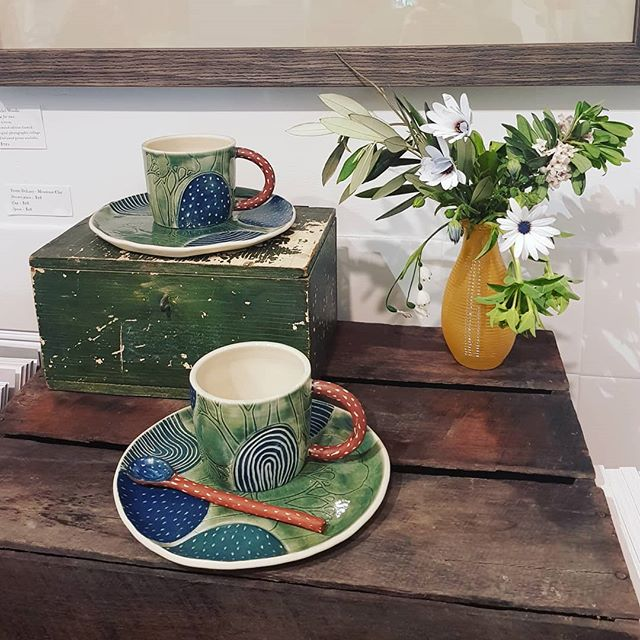 🙏 Thank you to the wonderful folk who came out today for the opening of Spring Tea Party.  And a huge thank you to @justasmidge.mittagong and all the lovely artists @emmadrawseveryday @emmajane_illo @mountainclay @michellefogartycreations @applecore_art @libbymooreart and Annette Pringle. 💕  These beautiful dessert plates, cups and spoon are by Yvette DeLacy of @mountainclay  DM me for further details. x
