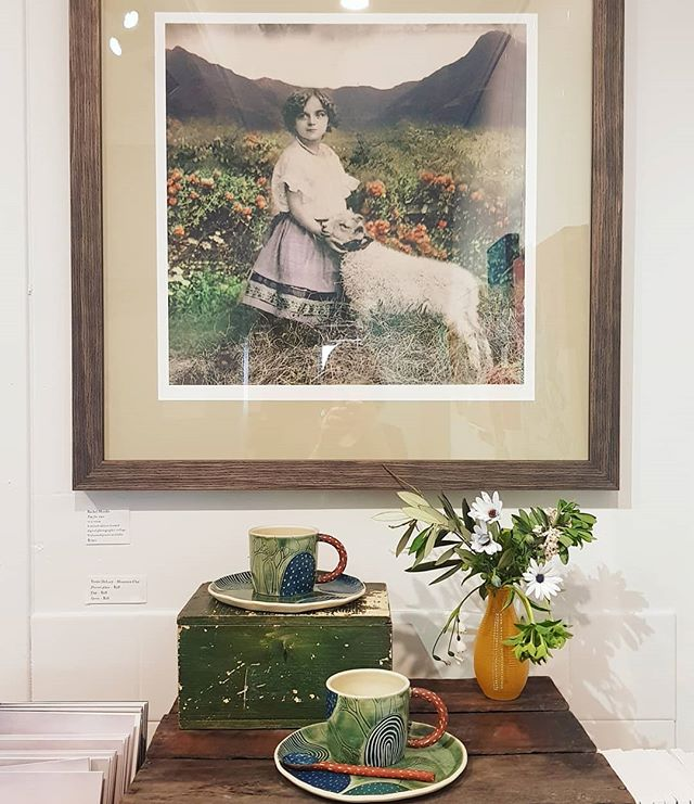 'Tea for two' (limited ed giclee print) by @darling_mills_studio and two tea cups, saucers and spoon by @mountainclay  It's a whole lot of earthy toned love here.  DM me for further details x
