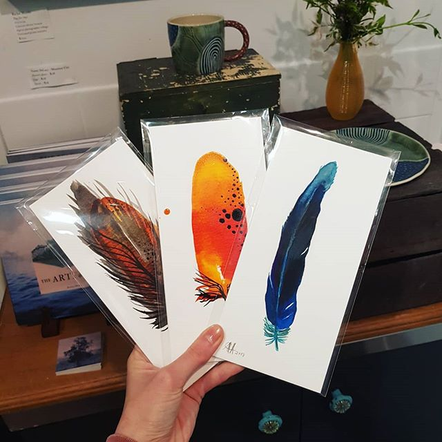 Birds of a feather flock together!  Beautiful ink feathers by @strongsoutherlyart ~ $45 each. DL size.  DM me for more details. (They'd make great Christmas gifts! Just sayin')