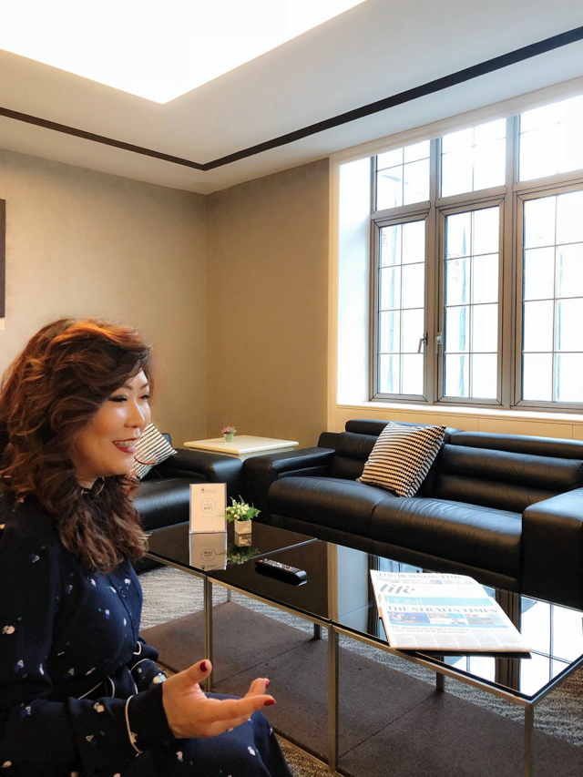 Ms Yap introduces the Lounge - a favourite feature of Maxwell Chambers among Clients .