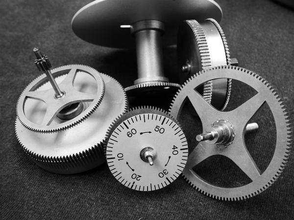 time-gears-600X450.jpg