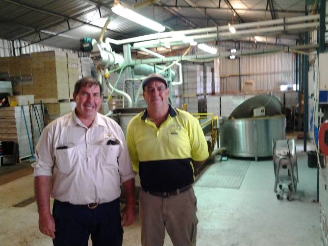 Wayne and Steve in their extraction room