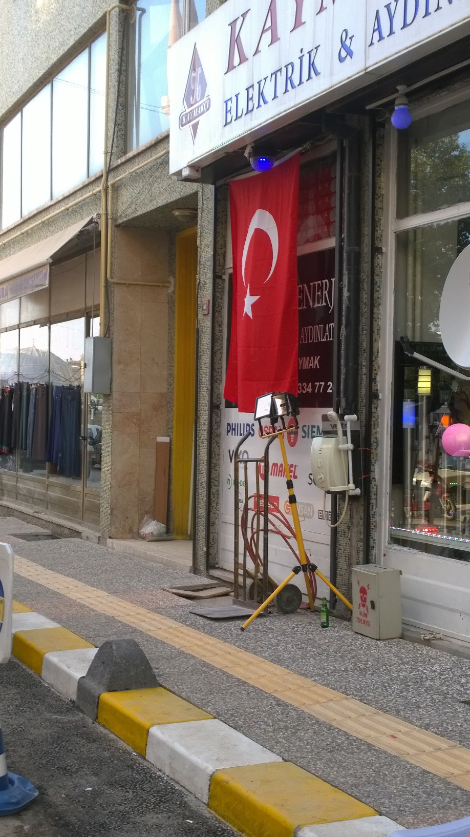 A very common sight in every Turkish city, of Turkish flags hoisted outside establishments since the killing of Turkish soldiers by the PKK.