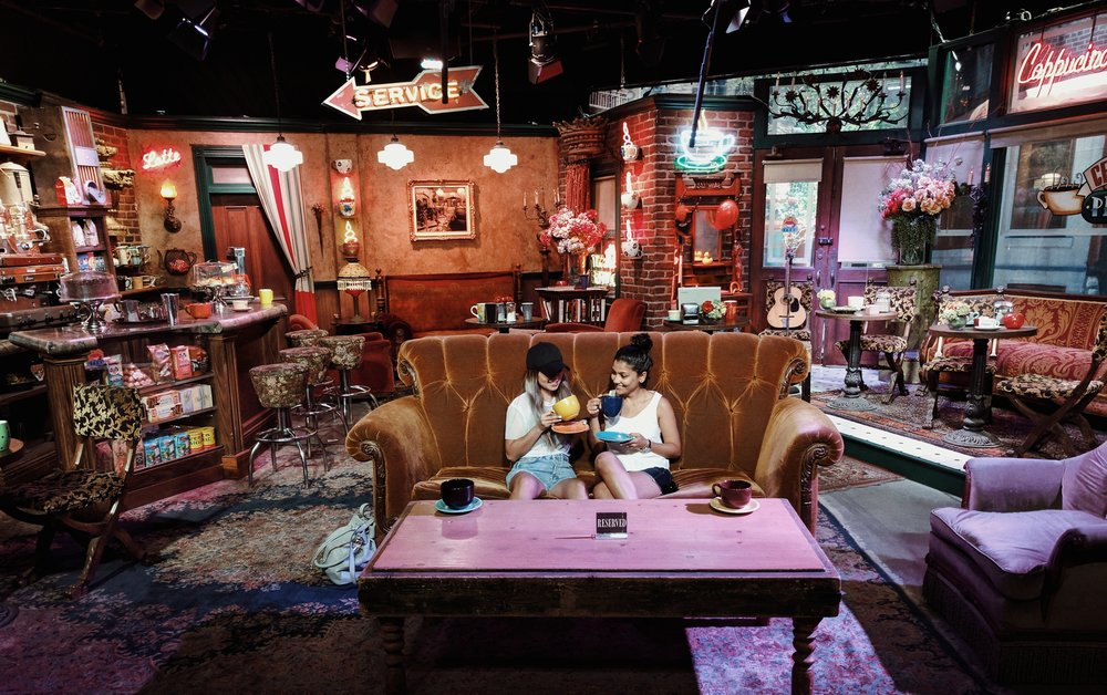 Warner Bros Studio Tour_Friends.jpg