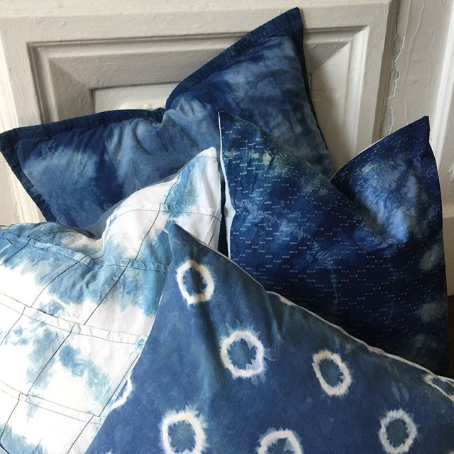 POP UP SHOP: tomorrow @potterybarn_flatironnyc 12-5pm. I'm selling pillows and cards for Mother's Day!! 💙#shibori #pillows #motherday #cards #greetingcards #textile #textiledesign #interiordesign #homedecor #potterybarn #nyc #femaleentrepreneur #womenempowerment