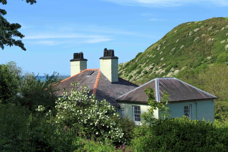 - Nurture and Nourish retreat, West WalesThursday 26th - Sunday 29th July 2018Secluded beaches, luxury accommodation, delicious and  nutritious food - join me for this retreat on the beautiful West Wales coastline.