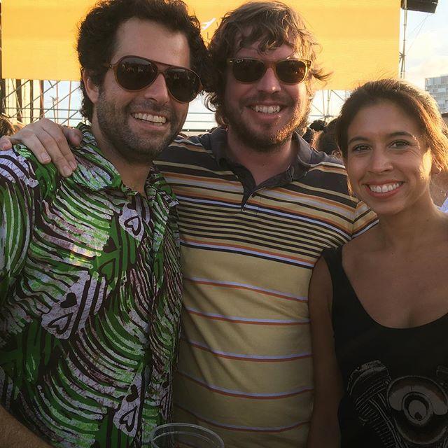 Camisas festivaleras urbana/rural @curls_su te extrañamos !!! #queguapoelsunset #primaverasound #barcelona #summertime #festivalseason