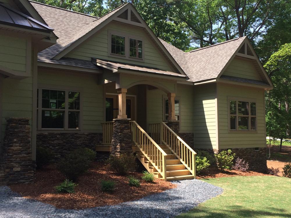 Custom homes tri south builders for Southern custom homes