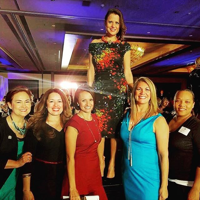 Our 2016 Highlight No. 5 was watching & working with some of the year's most celebrated #houston women – including El Centro de Corazon CEO Marcie Mir, who was honored this past fall by the Greater Houston Women's Chamber of Commerce & surrounded by her support system of fellow #femalepower houses... It was such an incredible honor to spend the past year with so many truly GREAT #girlboss role models & inspiring #eastendhouston execs. MUCH ❤️to all the #ladies who made is feel at home amongst their remarkable ranks!! 👠💄💼 #womenwhowork #execudivas #houstontx #houstonmua #businesswoman #workinggirl #womenwhohustle #momboss #nonprofit #ceo #houstoncity