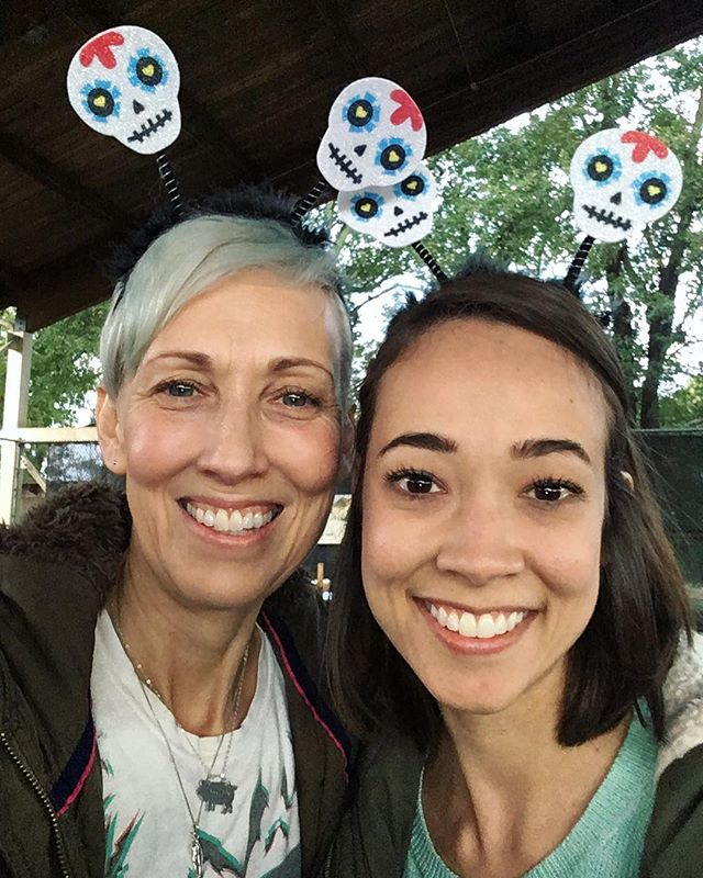 Join us at the @athensfarmersmarket for all of today's Halloween festivities! 🎃👻🦇 . . . #athensfarmersmarket #vegan #vegansofig #farmersmarket #halloween #sugarskull #trickortreat #diadelosmuertos #plantbased #crueltyfree