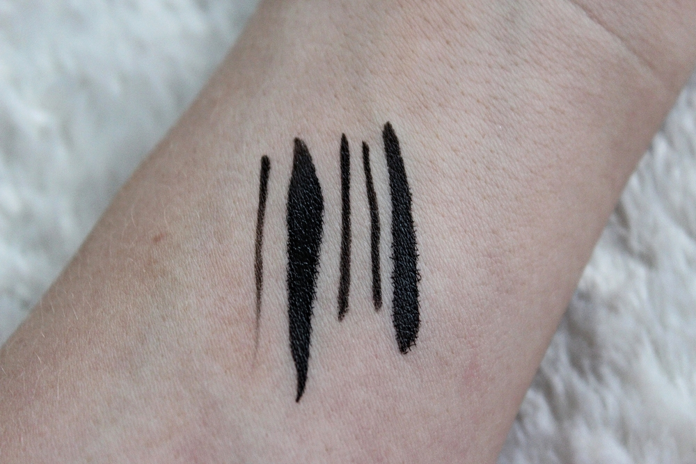 Loreal Paris Super Liner Superstar Eye Liner Swatch