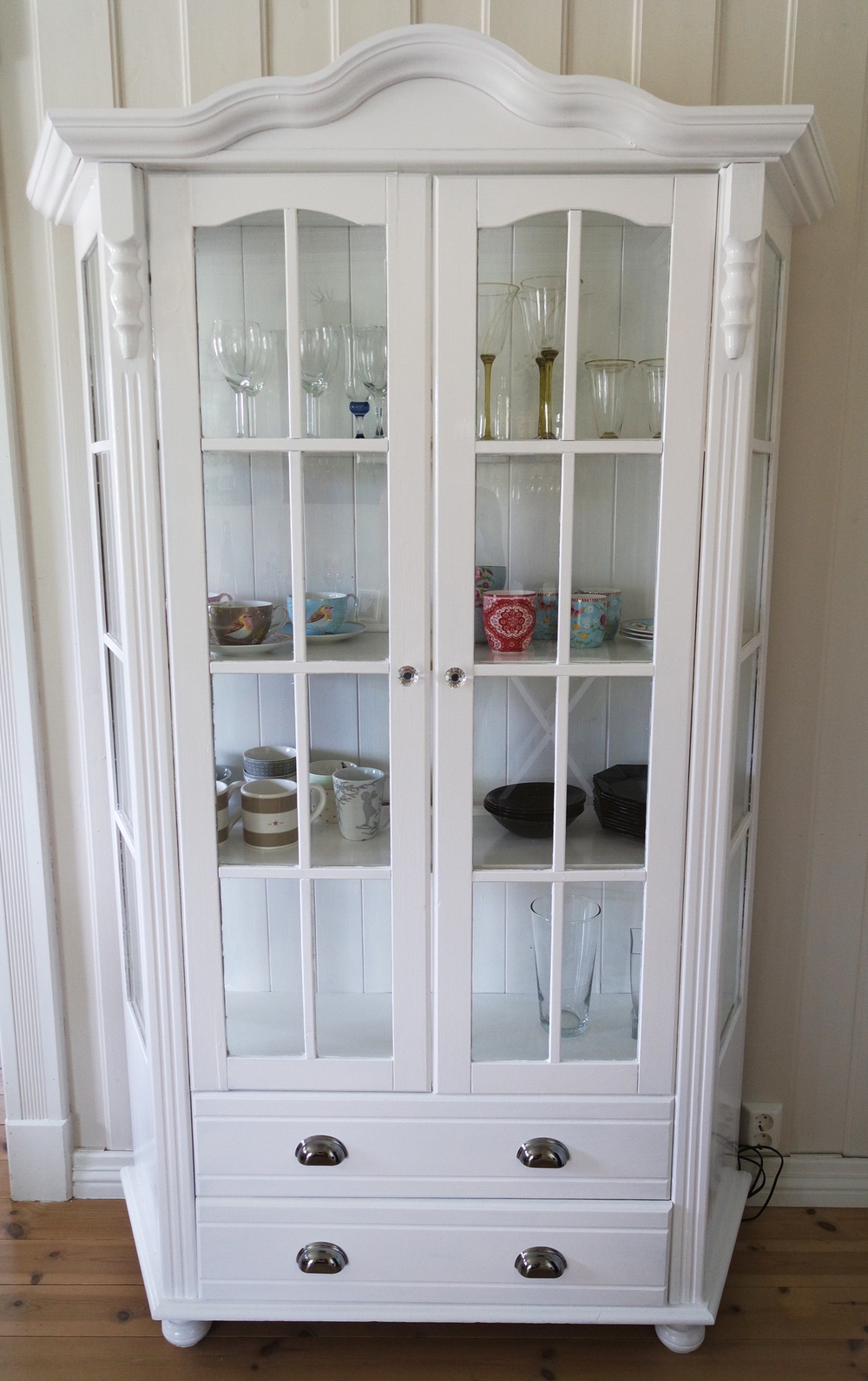 DIY Display Cabinet AFTER